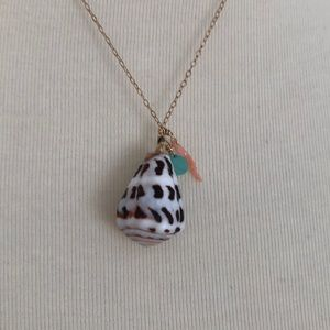 Jewelry - NWOT Handmade Shell Necklace